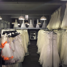WEDDING DRESS SHOPS IN ESSEX BRIDAL 4 LESS INTERIOR