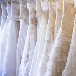 WEDDING DRESS SHOPS IN ESSEX BACK BRIDAL 4 LESS RAIL 2